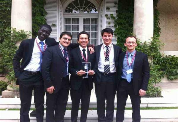 IPEC - IESE Private Equity Competition 2013